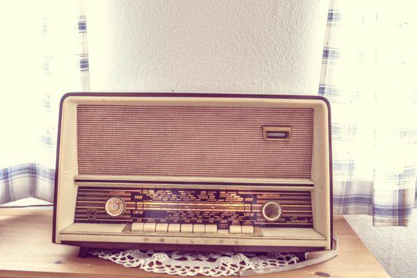 8日晚上11時45分(南韓時間9日凌晨零時15分),北韓平壤廣播電台又發暗號廣播。(pixabay.com)