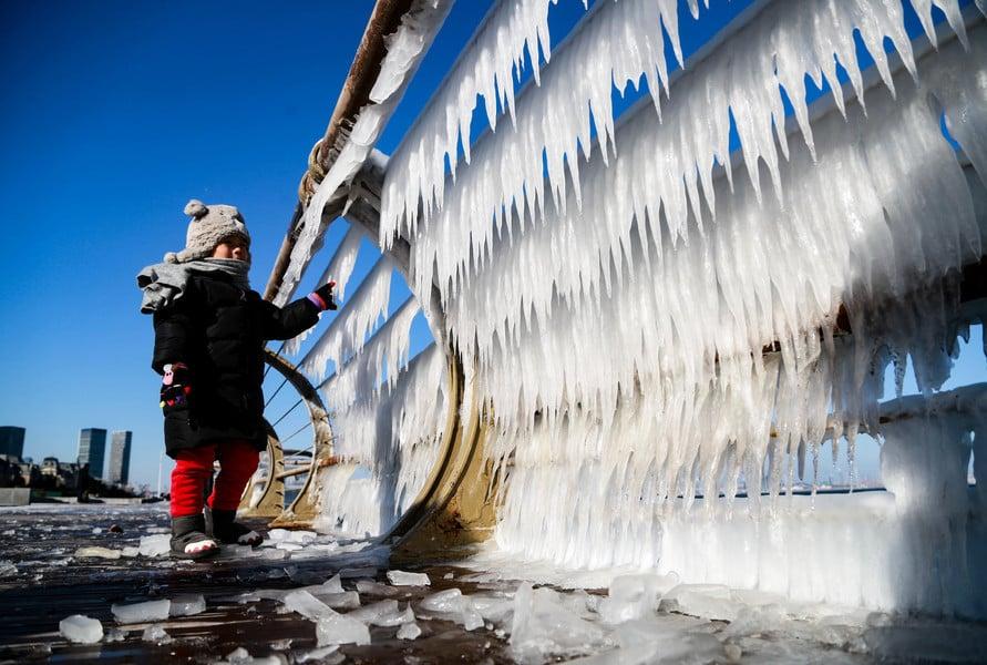 中國進「凍哭」狀態 或迎5年來最冷新年