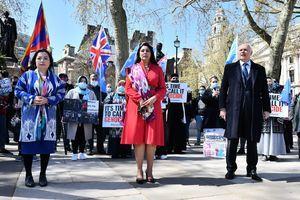 組圖:維吾爾族英國集會控訴中共犯種族滅絕罪