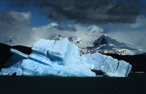歐洲太空總署:世界上最大冰山從南極脫離