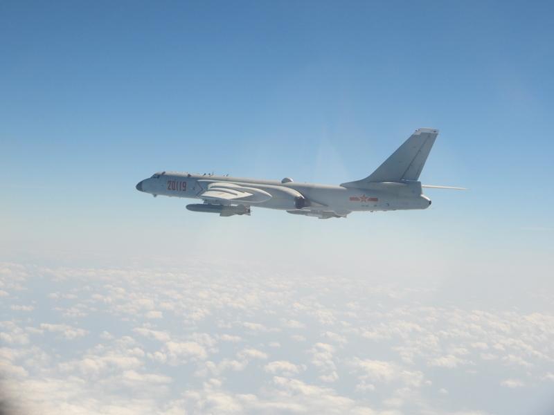 中共多架轟炸機擾台 學者:增加誤判可能