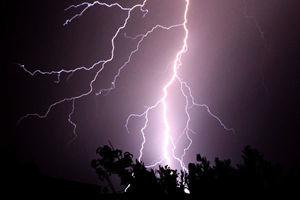 印度雨季遇雷暴 至少二十七人遭雷擊身亡
