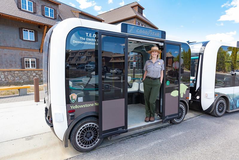 無人駕駛車首次亮相黃石公園 免費試坐至8月