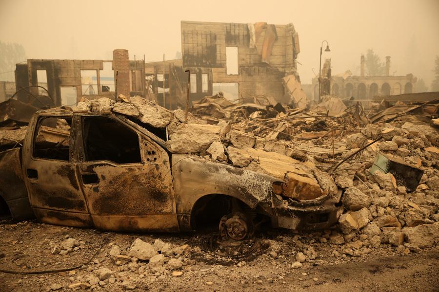 美國加州野火再肆虐 燒燬面積逾50萬英畝(多圖)