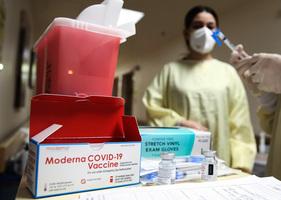 莫德納稱疫苗對南非一種變種病毒效果低