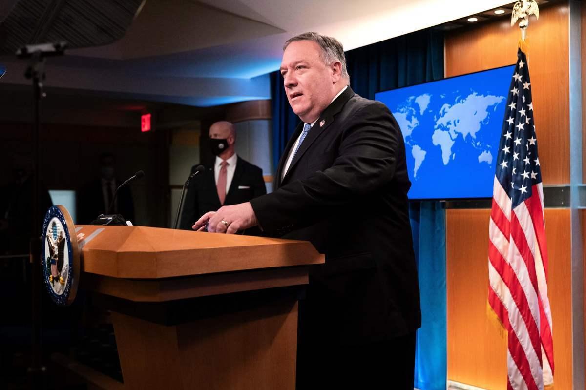 2020年11月10日,美國國務院,國務卿蓬佩奧在新聞發佈會上發言。(JACQUELYN MARTIN/POOL/AFP via Getty Images)