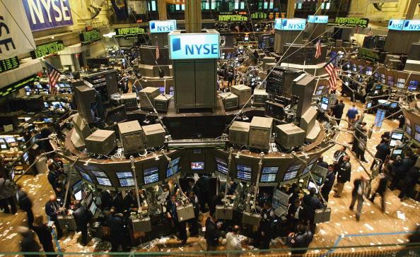 圖為華爾街股票交易市場。(Getty Images)