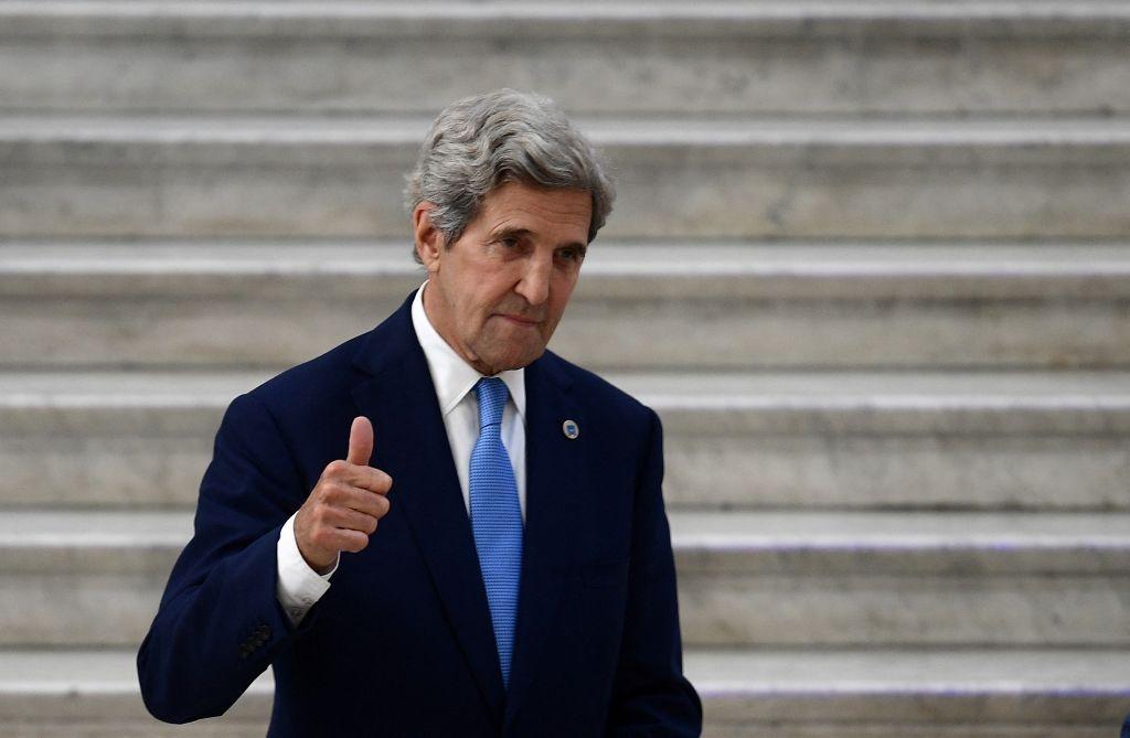人權倡導者和美國議員擔心,拜登政府為獲得中共的氣候合作而在人權問題上做出讓步。圖為美國氣候特使克里資料照。(FILIPPO MONTEFORTE/AFP via Getty Images)