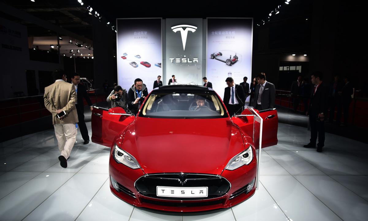 圖為TeslaModel S電動汽車。(JOHANNES EISELE/AFP via Getty Images)