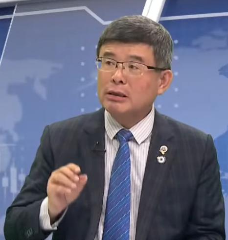 台灣總體經濟學家吳嘉隆。圖為資料照。(新唐人電視台)