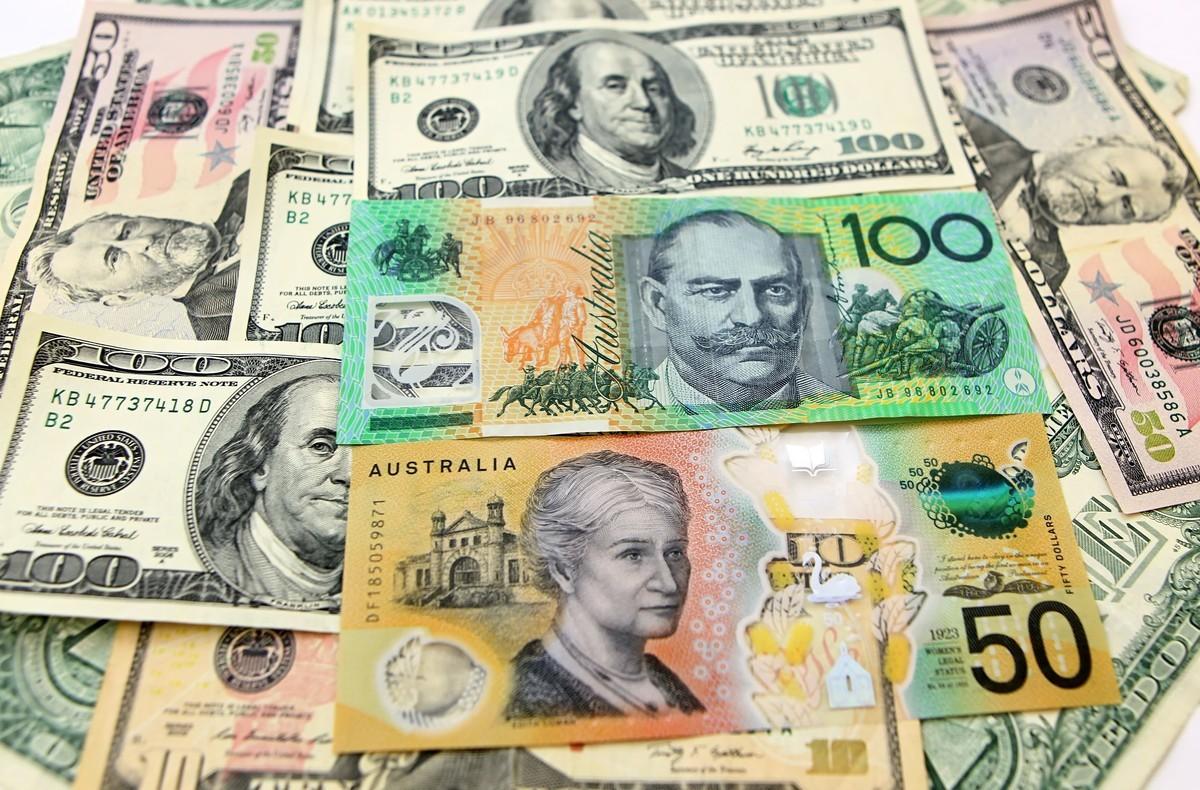 澳元在周五(澳東時間6月4日)處於0.7655美元價位附近,但正處於從周三20時從0.7744美元價位開始的下跌通道之中。(陳明/大紀元)