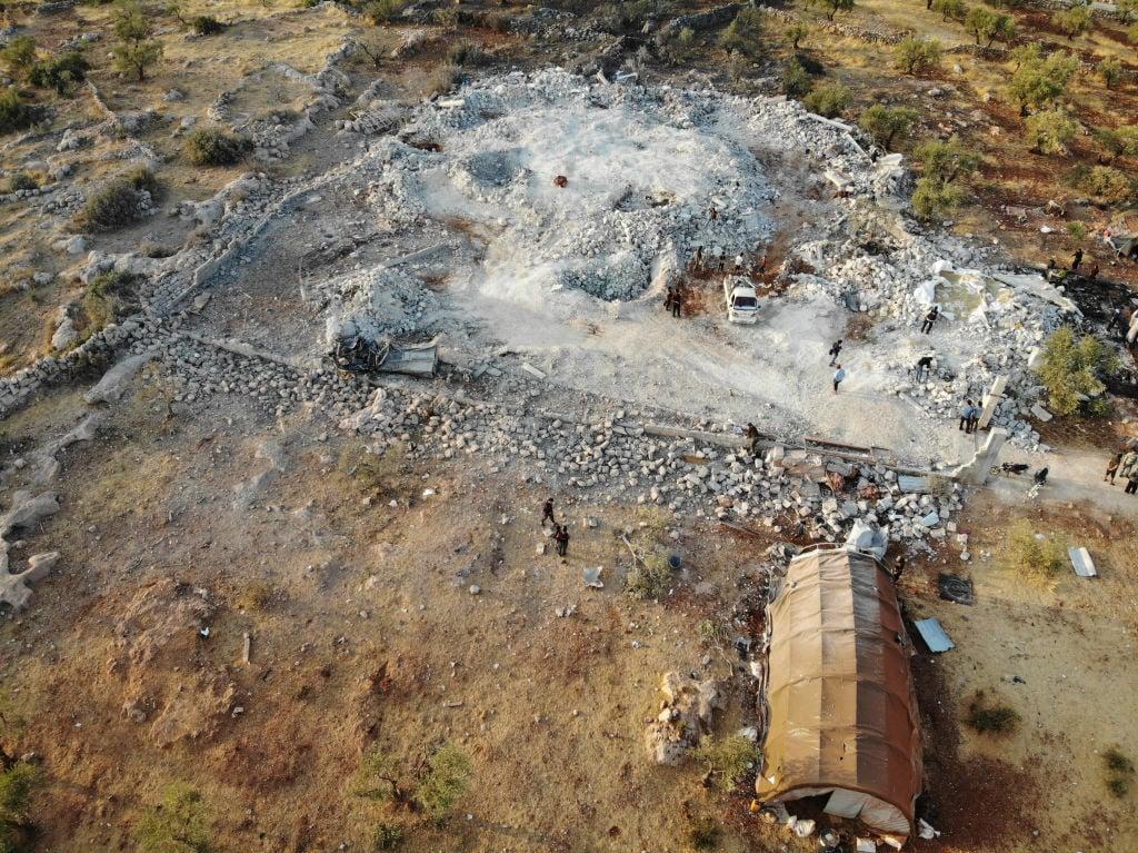 10月27日,IS頭目巴格達迪自爆地點的鳥瞰圖。(OMAR HAJ KADOUR/AFP via Getty Images)