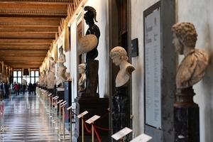 組圖:疫情猶在 著名烏菲齊美術館重新開放