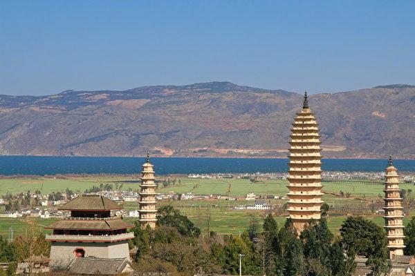 做了皇帝後,隋文帝頭兩次在各州興建的舍利佛塔就有八十三座之多。示意圖。圖為大理佛塔。(fotolia)