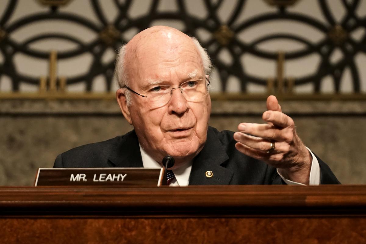 2020年7月20日,任職超過45年的美國資深聯邦參議員萊希(Patrick Leahy)發表聲明,要求中共立即停止迫害法輪功。(Greg Nash-Pool/Getty Images)