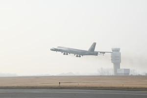 美派B-52轟炸機在中東巡邏 以確保該領空安全