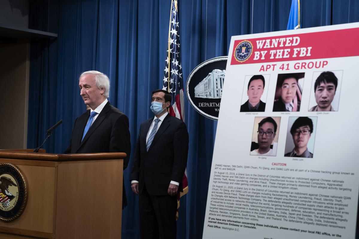 美國司法部副部長羅森(Jeffery A. Rosen)2020年9月16日宣佈,美政府已經對5名中國人和兩名馬來西亞人進行起訴。他們涉嫌在全球範圍內進行網絡攻擊。(TASOS KATOPODIS/various sources/AFP)