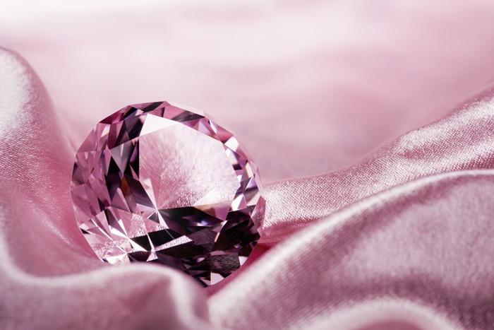 無瑕櫻花巨鑽或以3800萬美元出售