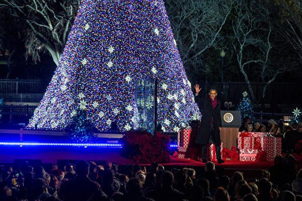 奧巴馬一家最後白宫聖誕卡 用了哪張照片