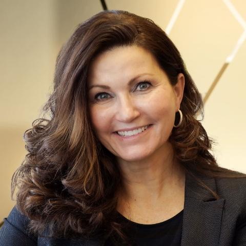 里賈納(Regina)市長Sandra Masters宣佈2021年5月13日為里賈納市「法輪大法日」。