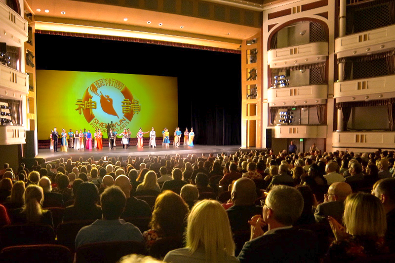 神韻聖彼得堡爆滿 「人們會談及創世主」