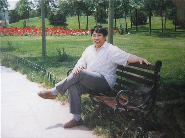 韓雨父親韓俊清多年前的照片。(韓雨提供)