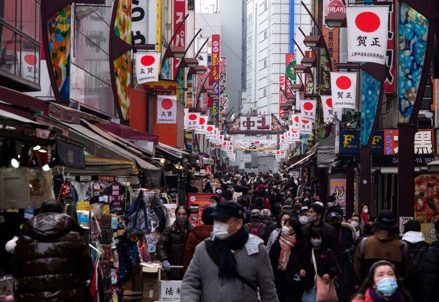 組圖:日本疫情嚴峻 東京新增逾1300例確診