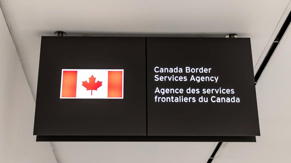 加拿大邊境局等機構購買中共國企產安全設務受到質疑。(Shutterstock)
