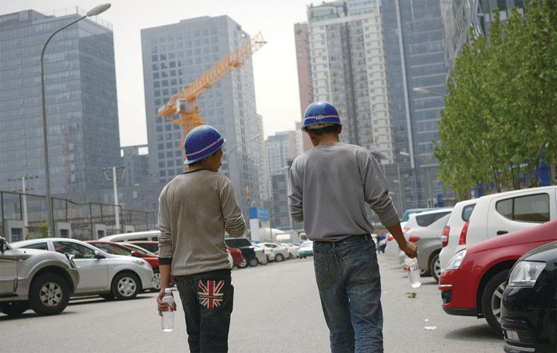 專家擔心,中共地方債務將像美國房地產次貸一樣,引發中國經濟危機。(Getty Images)