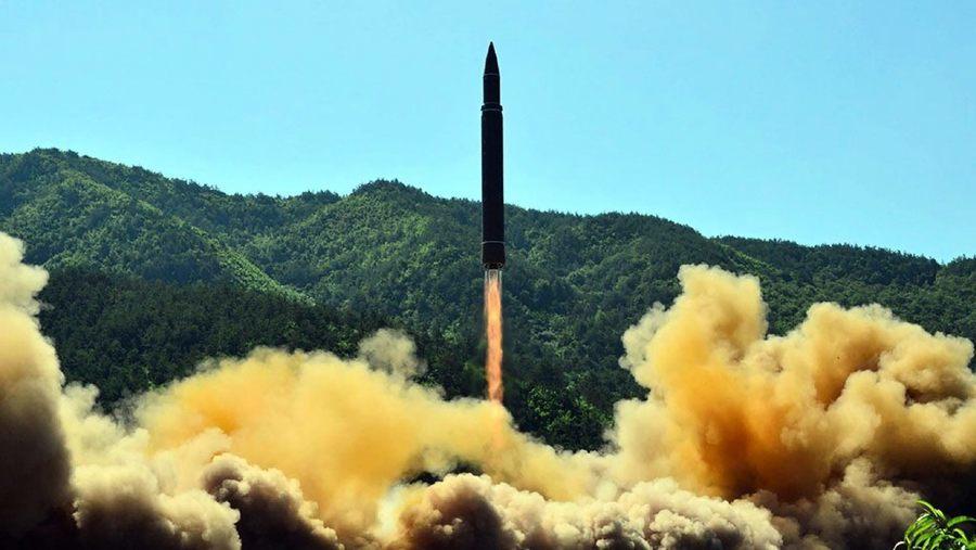 核武年度報告:中共和北韓擴大核武器庫