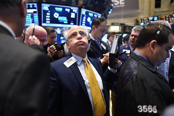 人民幣兌美元匯率破7是個重要的心理關口,一旦超過,一定會引起特朗普政府的注意。不過,這也是一個核選項,或導致中美貿易談判徹底破裂。(TIMOTHY A. CLARY/AFP/Getty Images)