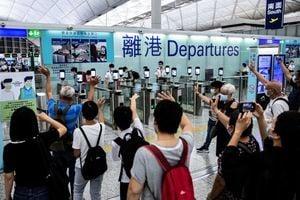6.5萬香港人申請英國特別簽證(影片)