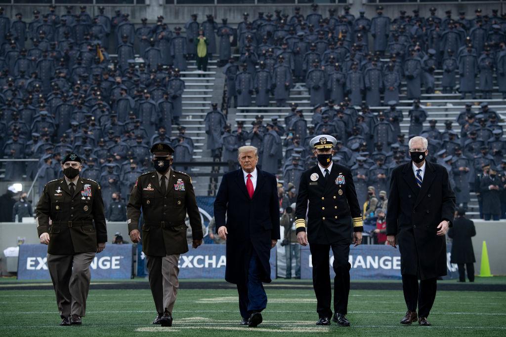 2020年12月12日,特朗普總統在紐約西點軍校的Michie體育場。(Brendan Smialowski/AFP)