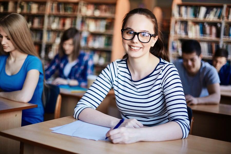 澳洲教育調查:劣勢經濟背景學生在大學表現更好