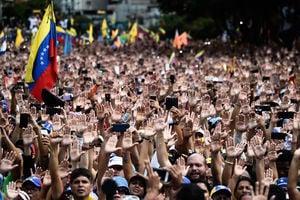 委內瑞拉政權一夕變天 為中共解體做預演?