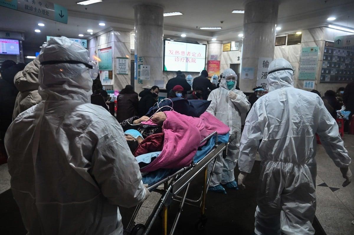 2020年1月25日,武漢一家醫院。(HECTOR RETAMAL/AFP via Getty Images)