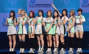 TWICE《TT》點擊量破億 刷新韓團最快紀錄