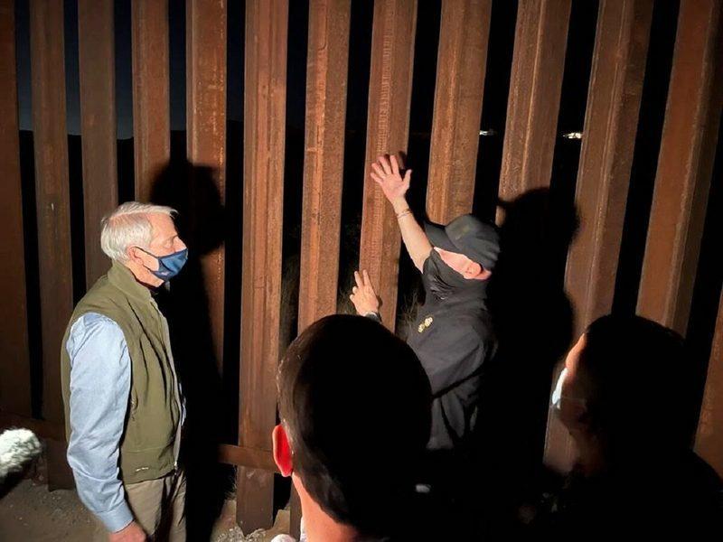 參議員訪美墨邊境 親睹許多移民非法越境
