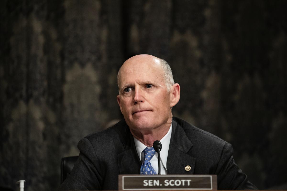 2020年3月5日,佛羅里達州共和黨參議員里克·斯科特(Rick Scott)在參議院國土安全委員會(Senate Homeland Security Committee)聽證會上。(Samuel Corum/Getty Images)