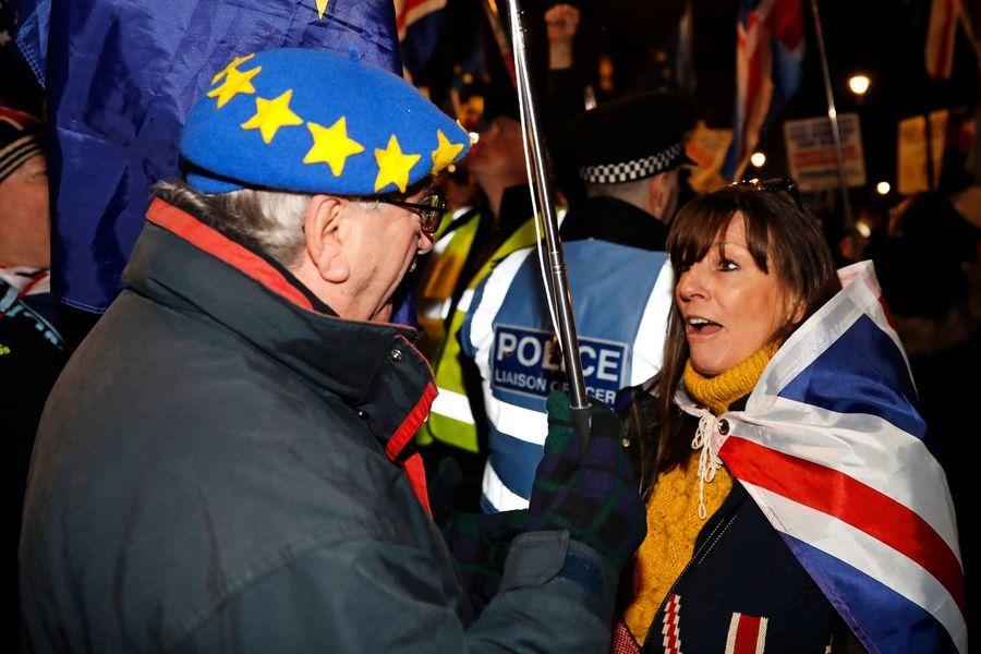 英議會通過脫歐修正案 欲和歐盟重啟談判