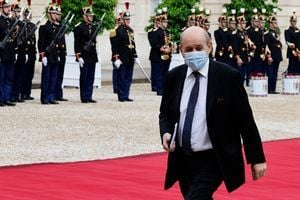 澳退出400億潛艇交易 法國召回駐美駐澳大使