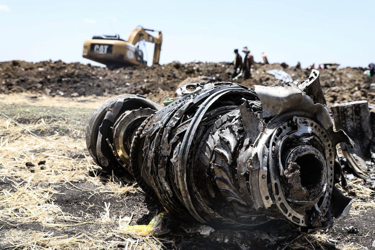 3月10日,埃塞俄比亞航空公司一架波音737 MAX 8客機在飛往肯尼亞的起飛過程中墜毀,機上來自三十多個國家的157人全部遇難,包括8名中國人。(MICHAEL TEWELDE/AFP/Getty Images)