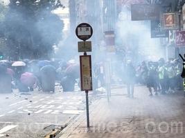 疑因吸入催淚煙 香港65歲活動人士過世