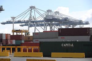 疫情下 中國貨櫃危機恐致歐洲商品漲價