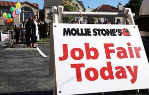 美國就業機會創兩年新高 提振勞動力市場