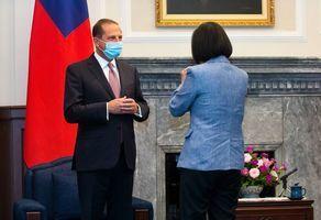 美部長訪台被視為威脅 蓬佩奧:中共太脆弱
