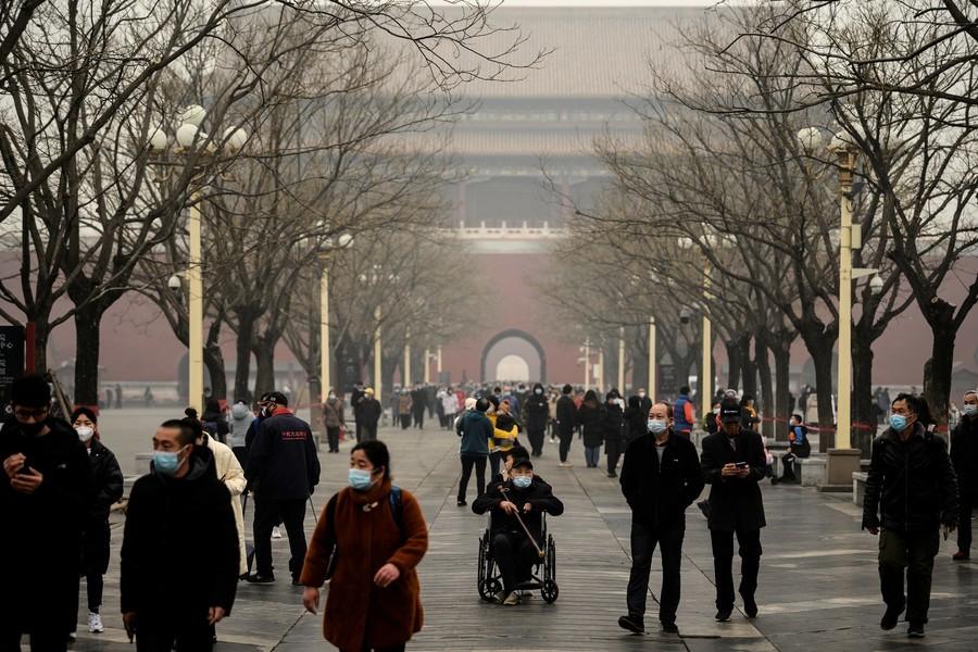 新年中國多省污染嚴重 網民質疑中共陰霾說法