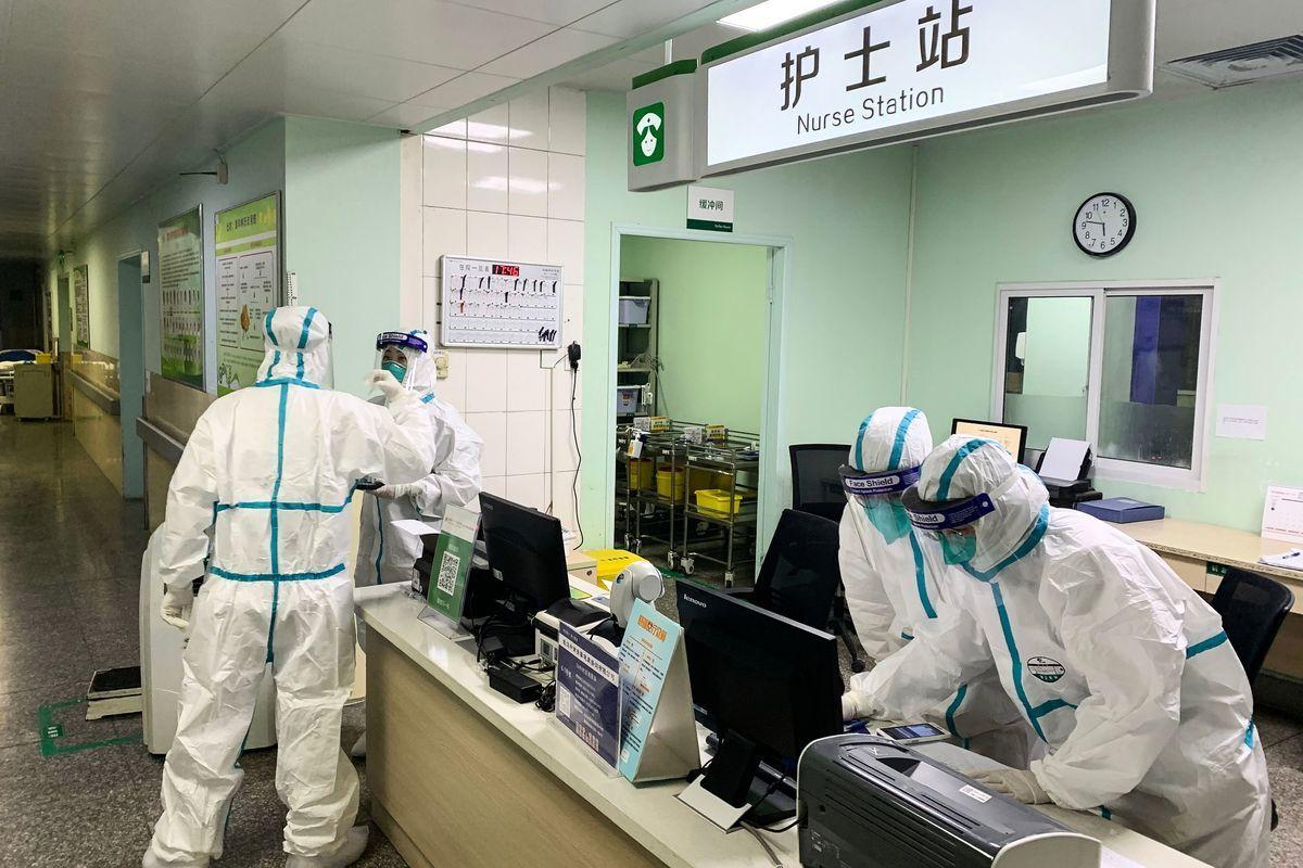 《大紀元》近期獲得的山東省內部文件揭示出,中共是如何假借防疫,來強化對中國民眾的監視和控制。(STR/AFP via Getty Images)