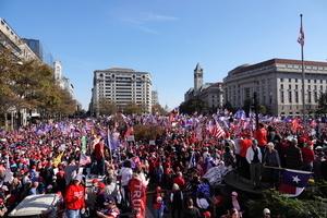 顏丹:看中共黨媒如何歪曲報道美國大選