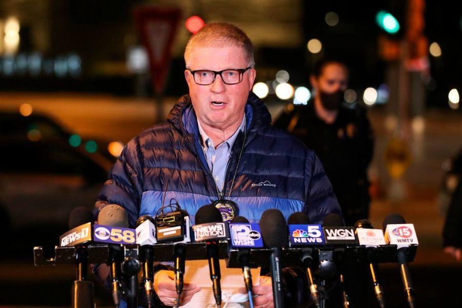 美威斯康辛州商場爆槍案 八人傷 槍手在逃